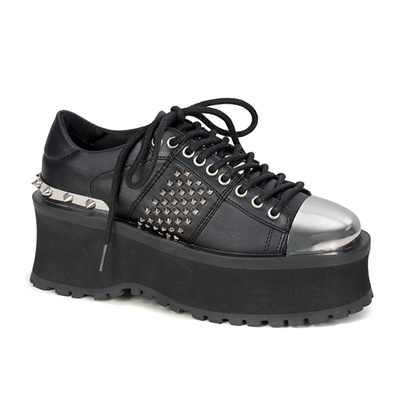GRAVEDIGGER-02 Studded Lace-up Shoes